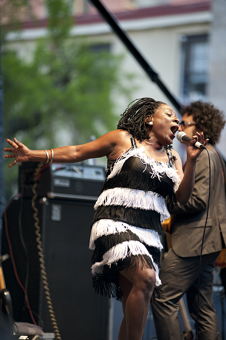 sharon jones and the dap kins at pifa by albert yee